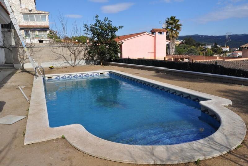Zwembad Op Balkon : Villa met zwembad villa campagna svetvinčenat kroatië istria home